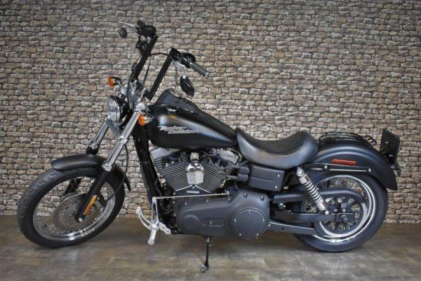 Harley-Davidson-StreetBob-2006