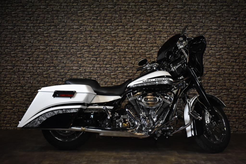 Harley Davidson, FLHTCUSE, Ultra Classic Electric Glide, CVO, 2010