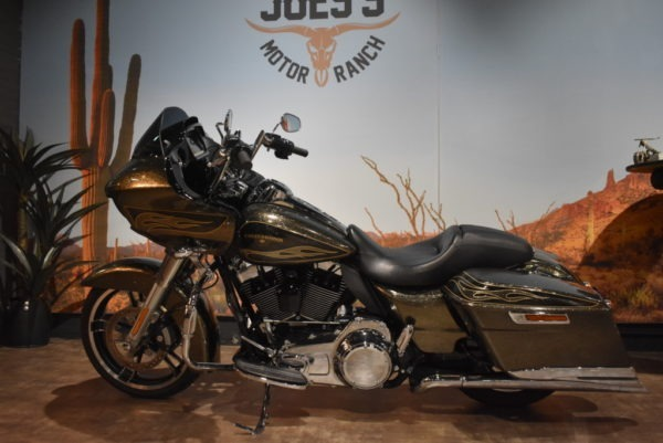 Harley-Davidson-FLTRXS-Road-Glide-Special-2015-Apeldoorn