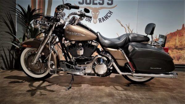 Harley-Davidson-Road King-FLHRS-2005-Joey's motor ranch